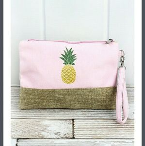Handbags - New Pineapple Shimmer Wristlet!!